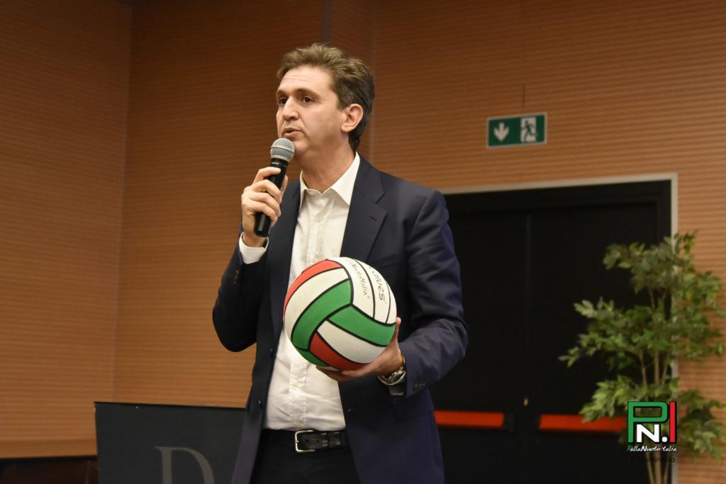 Alessandro De Tursi con il pallone Valuesport